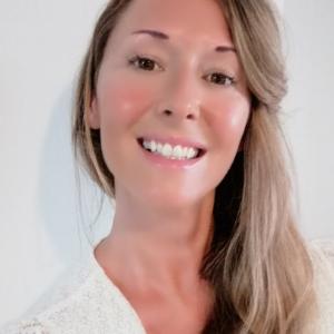 Linda B profile picture